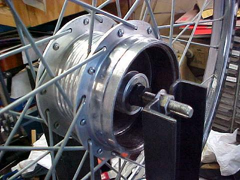 Clean hub / Fresh axle